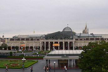 東京ディズニーランド(ARICA/Wikimedia Commons)