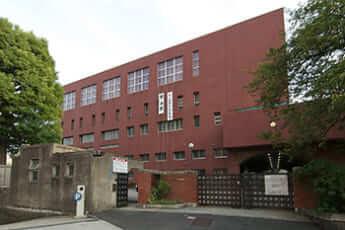 東京都立日比谷高等学校(Rs1421/Wikimedia Commons)