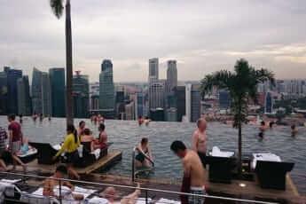 末永さん シンガポール