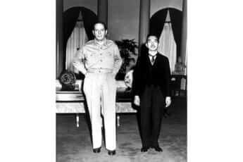 昭和天皇とマッカーサーの会談