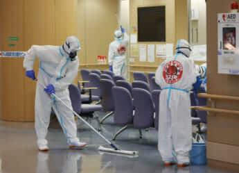 ワクチン打てぬまま診察か――コロナ「第4波」に丸腰で臨む医療現場で悲鳴続出