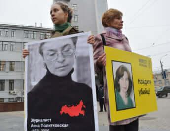 ノーベル平和賞ムラトフ氏が「言論の自由」を諦めようとした日